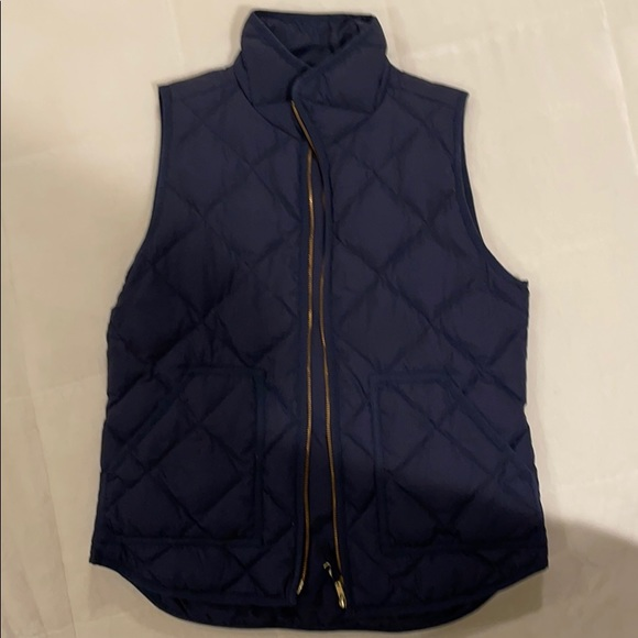 J Crew navy blue quilted vest, size small
